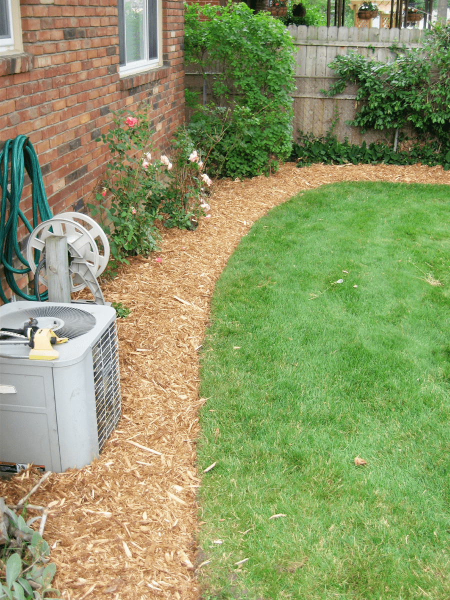 Cedar Mulch After Bed Edge Rs Lawn Care Landscapingrs Lawn